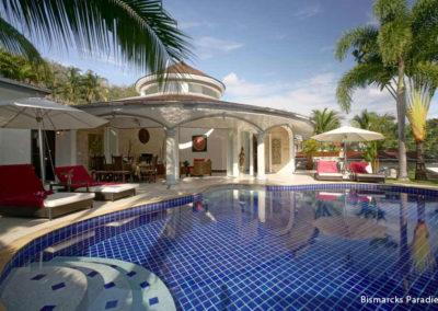 Phuket-private-villa-lotus-pool